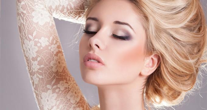 Макияж для русоволосых девушек — подбираем по цвету глаз
