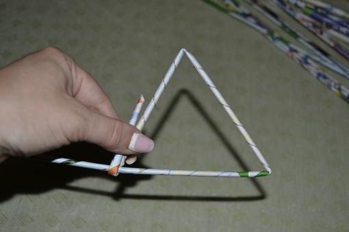 Сворачиваем трубочки в треугольник