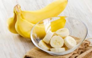 Банан для волос