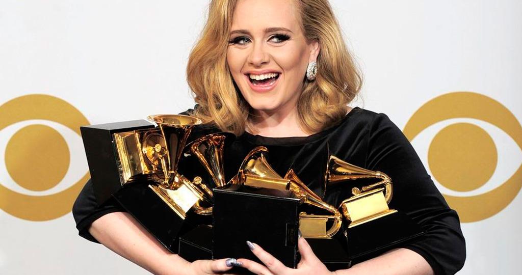 Адель переживает из-за неудачи на «Grammy»