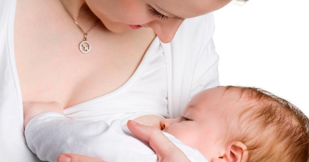 Повышаем лактацию кормящей маме - эффективные способы и средства