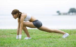 Заниматься ли спортом во время месячных