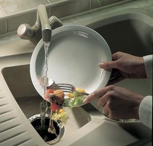 Запах из раковины на кухне что делать