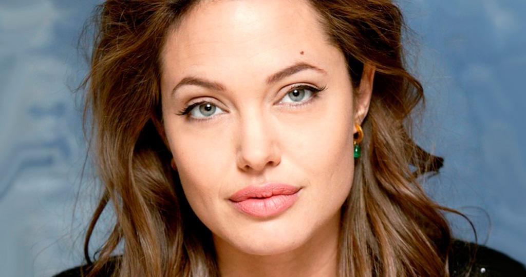 Лондонский дом Анджелины Джоли затопило
