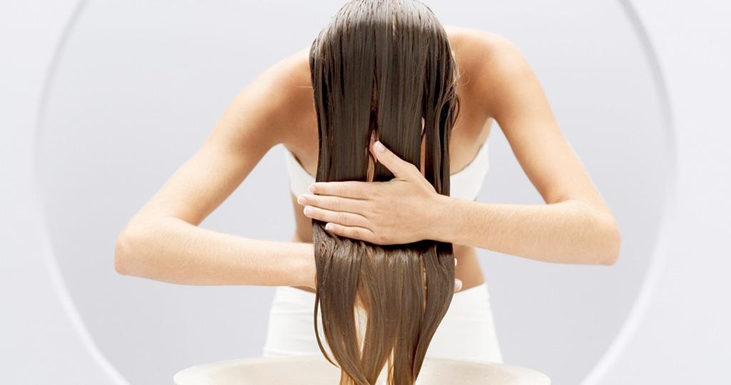 Пачкаются волосы по всей длине - выбираем правильный шампунь