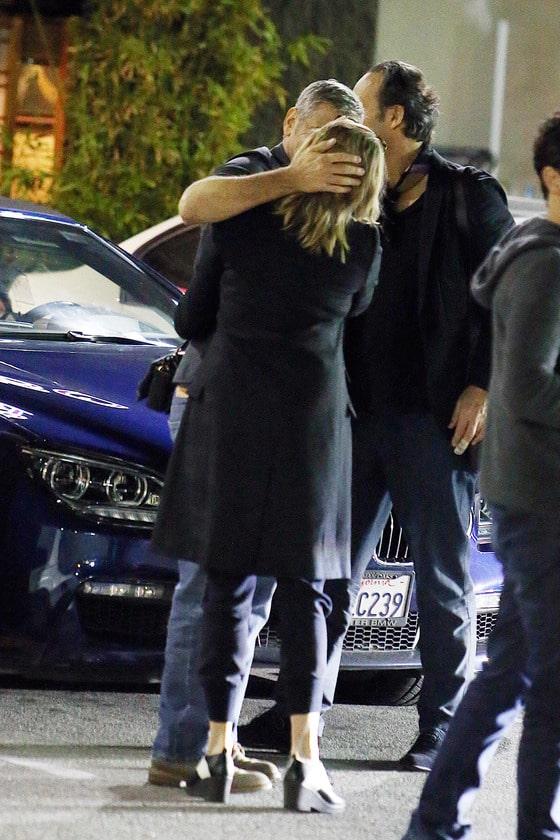 Джордж Клуни с блондинкой