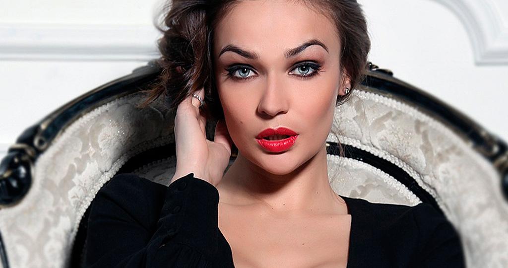 Алёна Водонаева планирует операцию по уменьшению груди