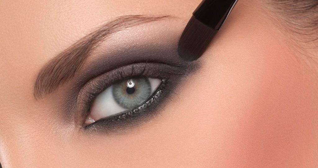 Техника макияжа смоки айс - делаем мейк ап в домашних условиях