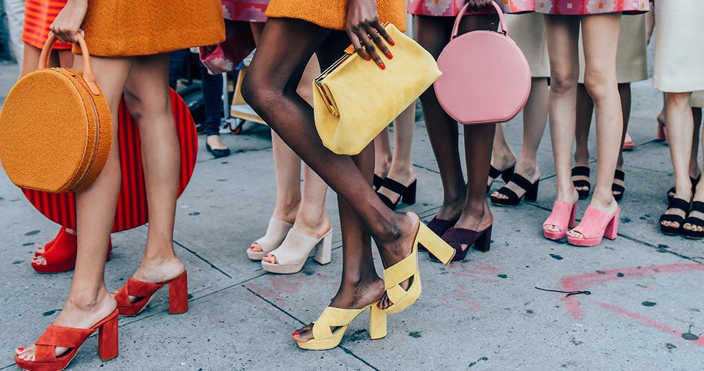 С чем носить мюли - сочетаем обувь без задника