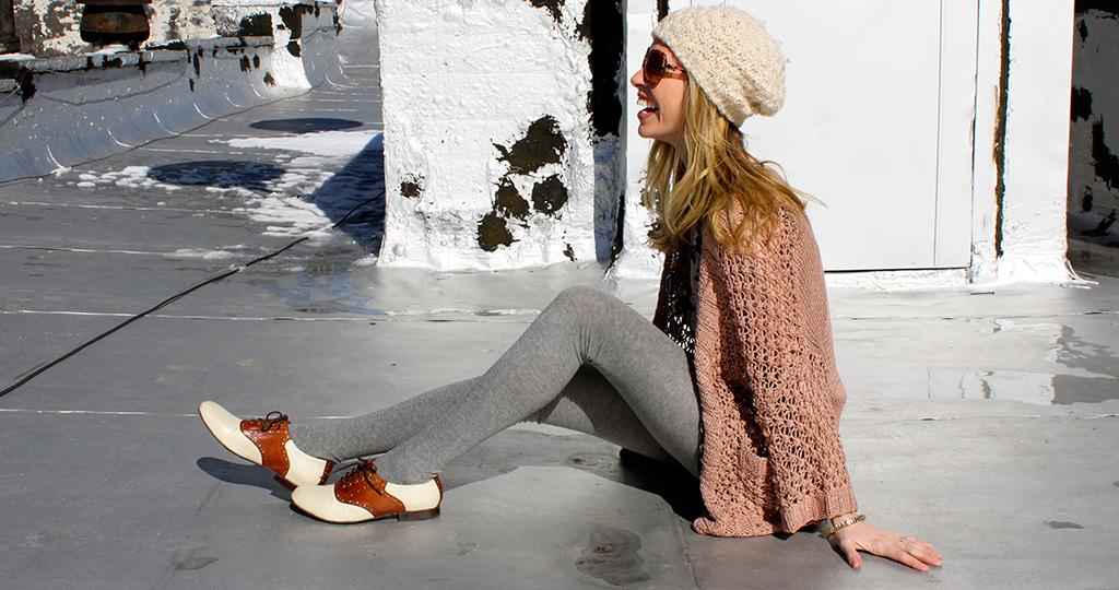 Женские дерби - модные образы с очаровательными ботинками