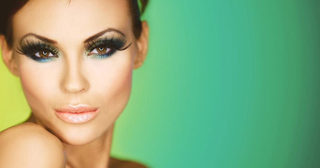 3 варианта макияжа, который скрывает недостатки