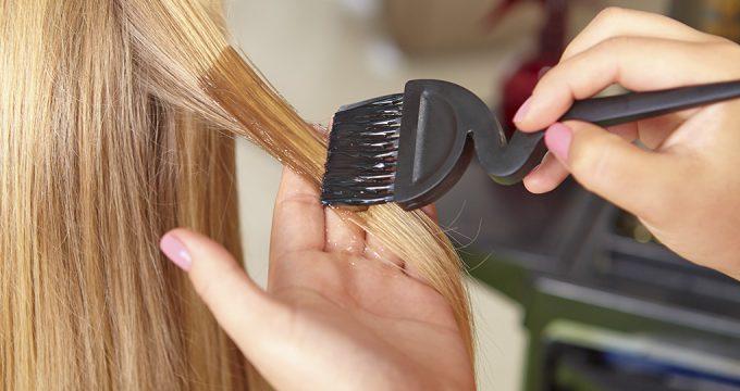Окрашивание волос при беременности – мифы и правила
