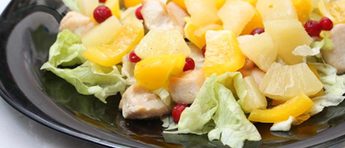 """Салат """"Хрустящий"""" с ананасом"""