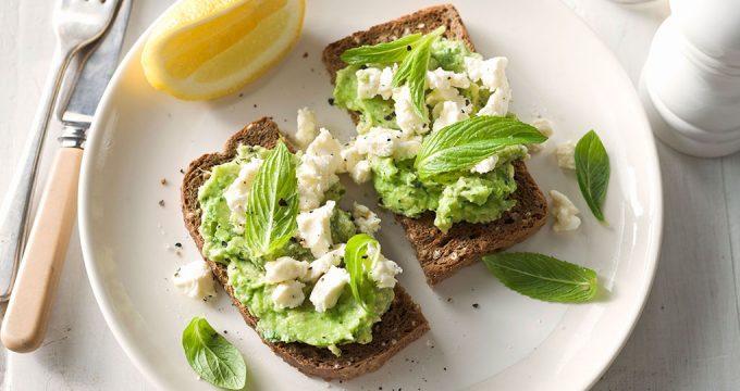 Завтрак с авокадо – 4 полезных рецепта