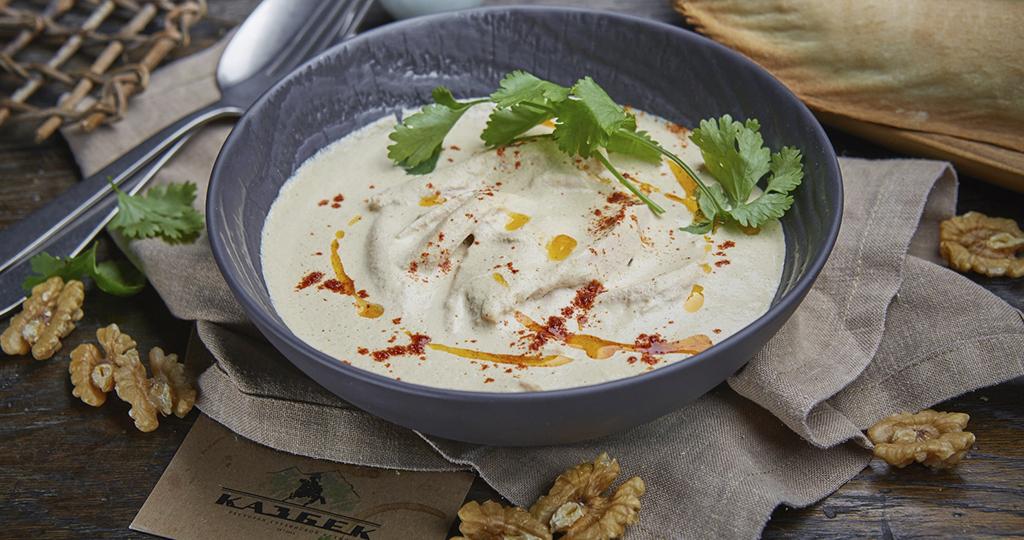 Сациви из курицы – 4 рецепта грузинской кухни