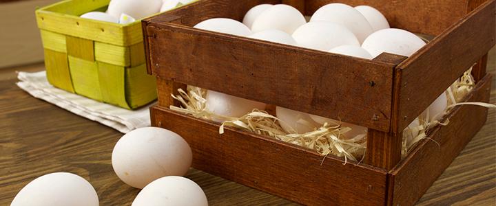 Сколько хранятся яйца в морозилке