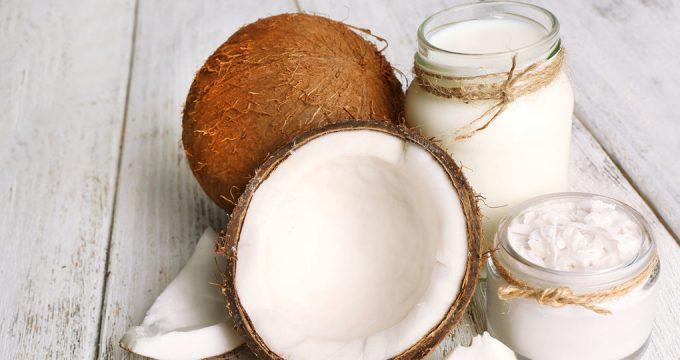 Кокосовое молоко – полезные свойства и вред