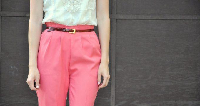 С чем носить розовые брюки – лучшие сочетания