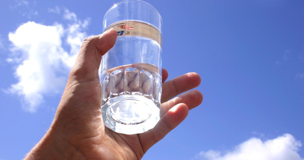 исполнение желаний на стакан воды