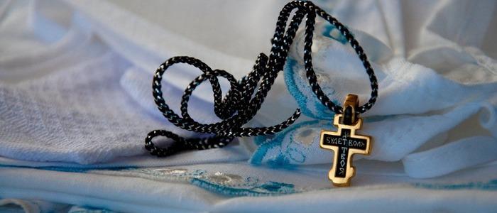 дарят крестные на крещение