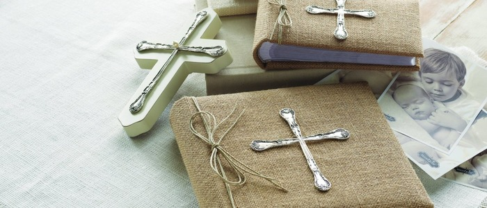 дарят крестные на крестины