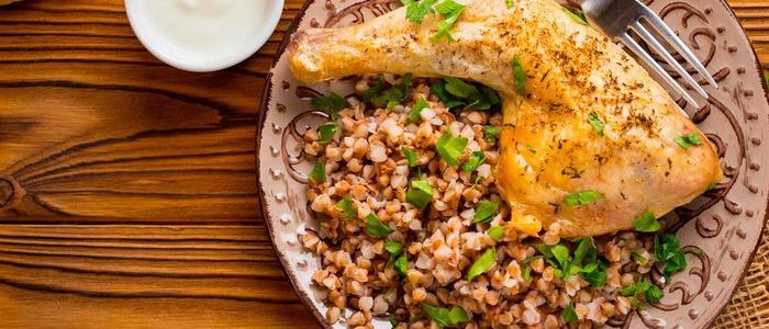 курица с гречкой со сметаной