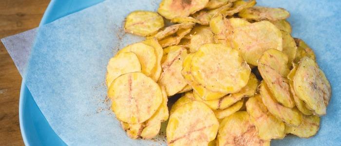 чипсы из картошки в духовке без масла