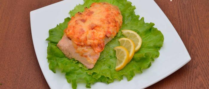 Рыба под овощной шубой в духовке