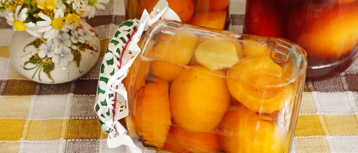 половинки абрикосов в сиропе на зиму