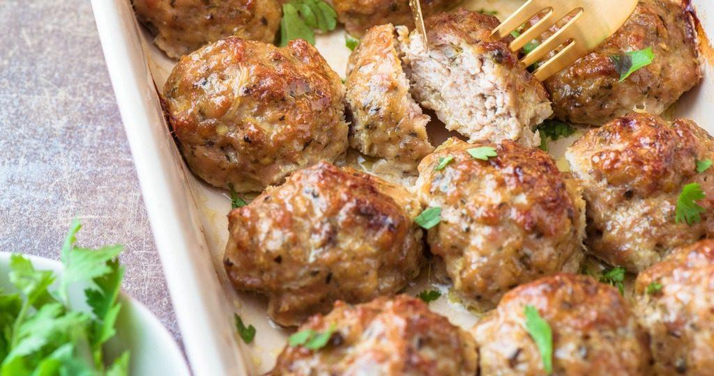 мясные шарики в духовке