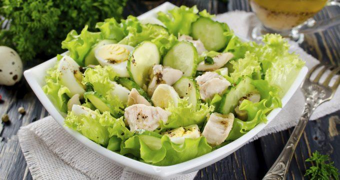 Салат с печенью трески – 5 очень вкусных рецептов